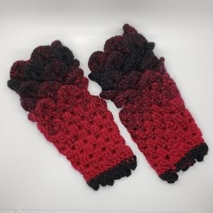 Crocheted Red to Black Ombre Fingerless Gloves